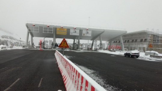 """The counters are tested on the highway  """"rruga e Kombit"""", soon the payment application date"""