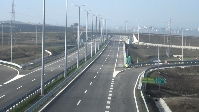 Drivers complain charges on Albania's 1st toll road too high