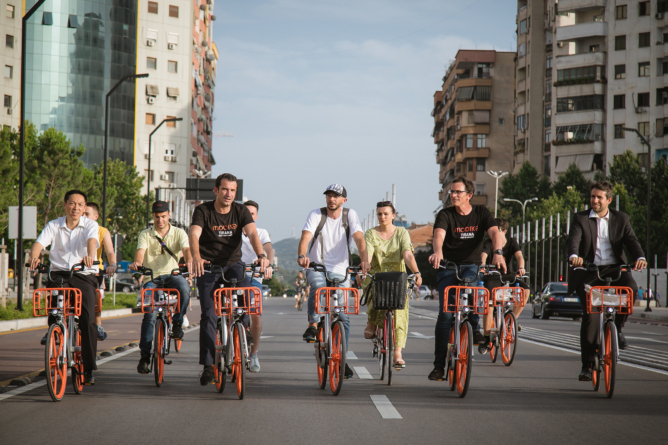 "TIRANA LAUNCHES ORANGE REVOLUTION WITH BICYCLE SYSTEM ""MOBIKE"""