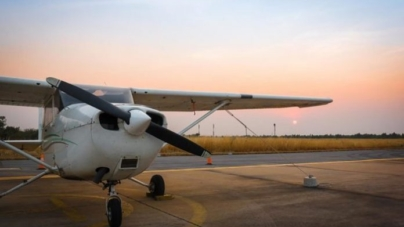 Lumalas Airport, Filo: In May, the first touristic and sports flights